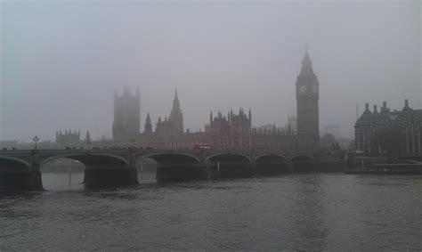 Inquinamento dell'aria, Londra supera i livelli consentiti ...