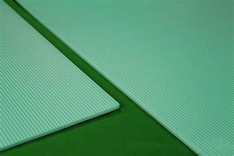 pvc boden verlegen unterlage 10 m2 trittschalld 228 mmung boden unterlage f 252 r laminat