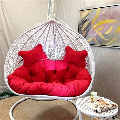 comfy chairs for bedrooms 20 adorable and comfy bedroom swing chairs