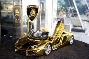 Gold Lamborghini In Dubai 46 Crore Rupees Gold Lamborghini Aventador Awaits New