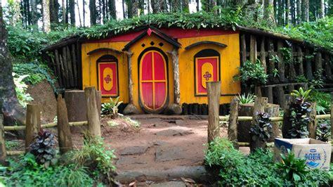 desain rumah hobbit 5 wisata rumah hobbit di indonesia ini cocok buat liburan