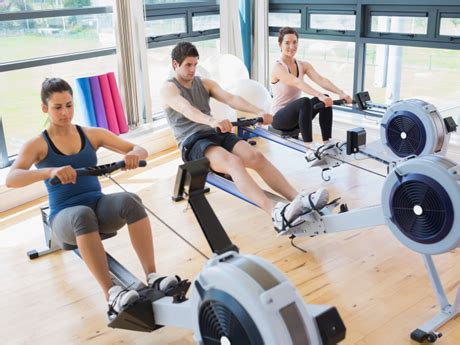 roeien sportschool how to get a solid workout with the rowing machine active