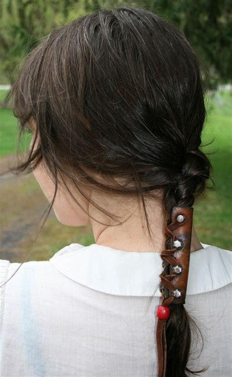 how to make a leather ponytail holder ehow leather ponytail holder put your hair into a hunger
