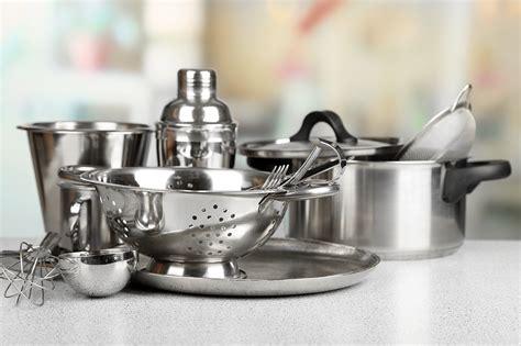 Stahl Polieren Hausmittel by Edelstahl Reinigen Und Polieren Helpling Blog