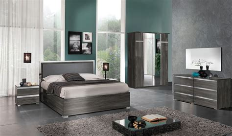 bedroom furniture contemporary modern made in italy leather contemporary platform bedroom sets 14286   italian bed furnishing grey master bedroom suite dreser oxford