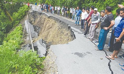 Search For In India Hers Search For Landslide Victims In India Newspaper