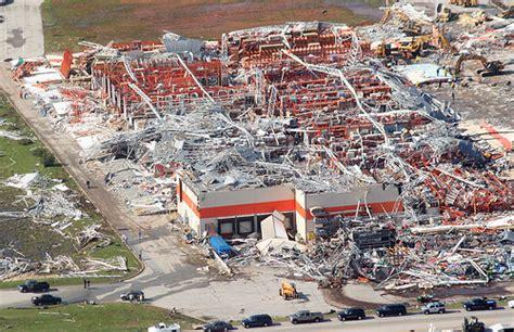officials say toll from joplin mo tornado now 138