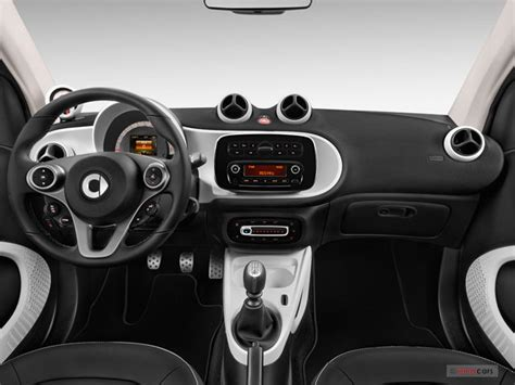 Cheap Cars With Interior by 2017 Smart Fortwo Pictures Dashboard U S News World
