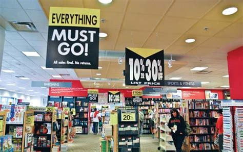 borders waldenbooks money saving mimi borders all stores closing everything