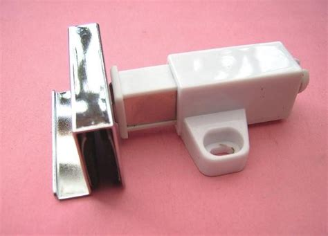 Magnetic Glass Door Square Push Touch Catch Blk Cp Glass Door Catch