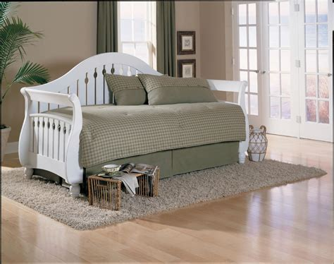 White Wood Daybed With Trundle White Wood Sleigh Style Daybed With Trundle And Grey Skirt Decofurnish