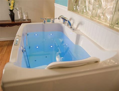 best walk in bathtubs 1000 images about walk in bathtubs on pinterest massage