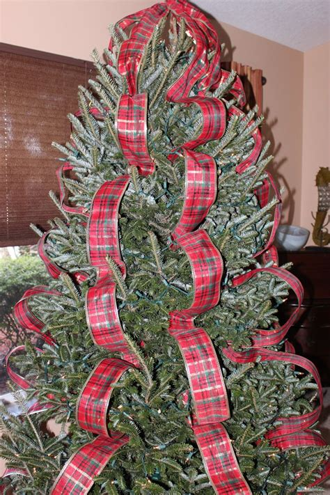 ribbon tree decorations
