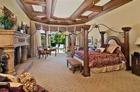 square foot single story mansion  san diego ca