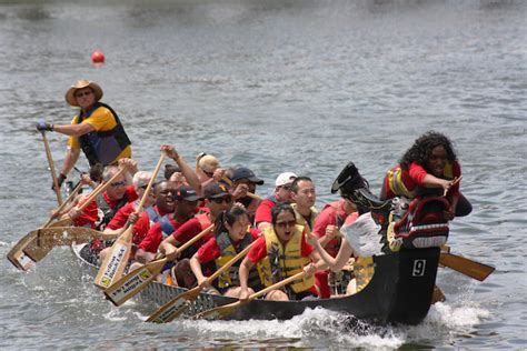 chicago chinatown dragon boat race chinatown dragon boat race tests stamina celebrates asian