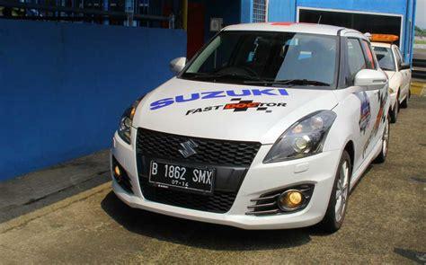 Tv Mobil Jakarta modifikasi suzuki sport jadi safety car dan fast doc