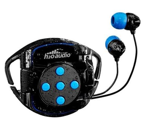 Headphones Underwater by The Best Underwater And Waterproof Mp3 Players For Swimming