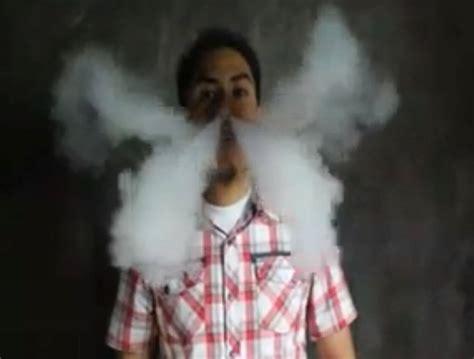 vape smoke tutorial some amazing vape tricks v vapour