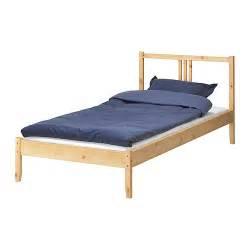 Fjellse structure de lit ikea en bois massif un mat 233 riau naturel et