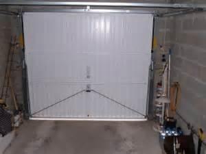 isoler une porte de garage valoupat