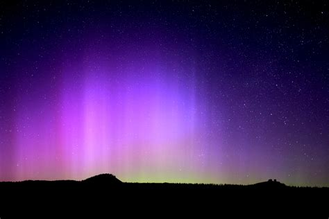 Borealis Puts On Dazzling In Colorado Sky