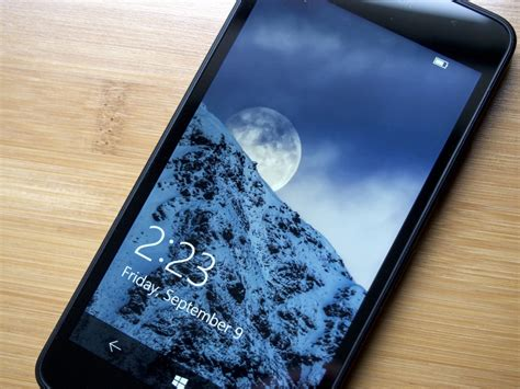 windows 10 wallpaper for lumia 640 xl microsoft drops support for the lumia 640 and 640 xl with