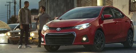 Difference Between Toyota Corolla L And Le 2015 Corolla L And Le Differences Autos Post