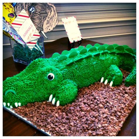 crocodile birthday cake template 17 best ideas about crocodile cake 2017 on