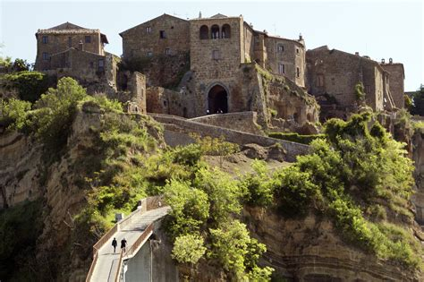 civita di bagno regio will civita di bagnoregio become a unesco site ecobnb