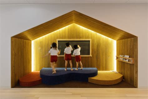 ob house hibinosekkei youji no shiro top ob kindergarten with rooftop playground