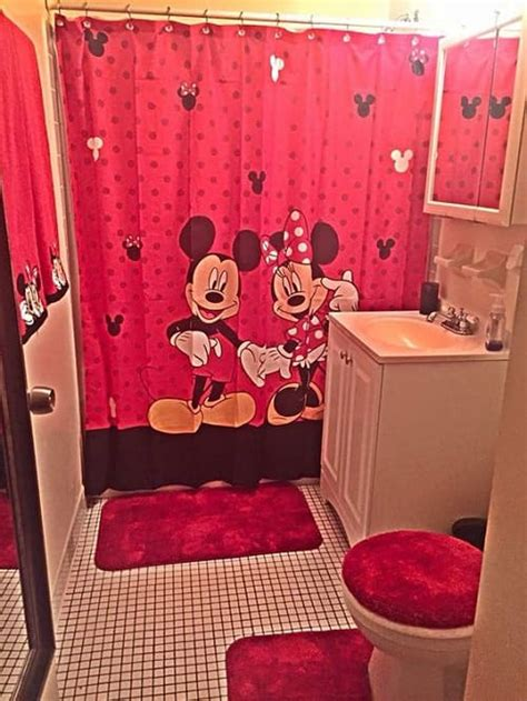 disney bathroom ideas 10 catchy and inviting minnie mouse bathroom set ideas