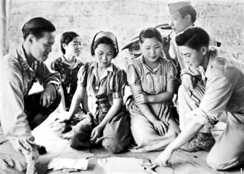 dutch comfort women file captured comfort women in myitkyina on august 14 in 1944 jpg wikimedia commons