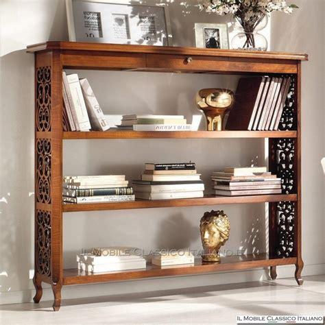 librerie classiche legno etagere in legno traforata librerie classiche mobili