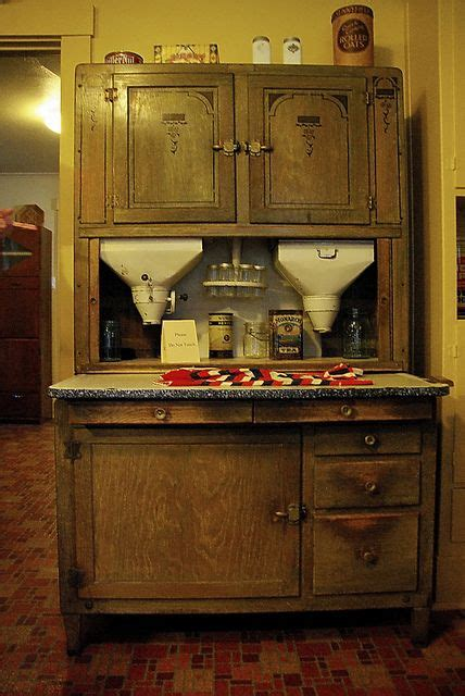 mama kitchen cabinet 493 best images about vintage hoosier cabinets kitchen