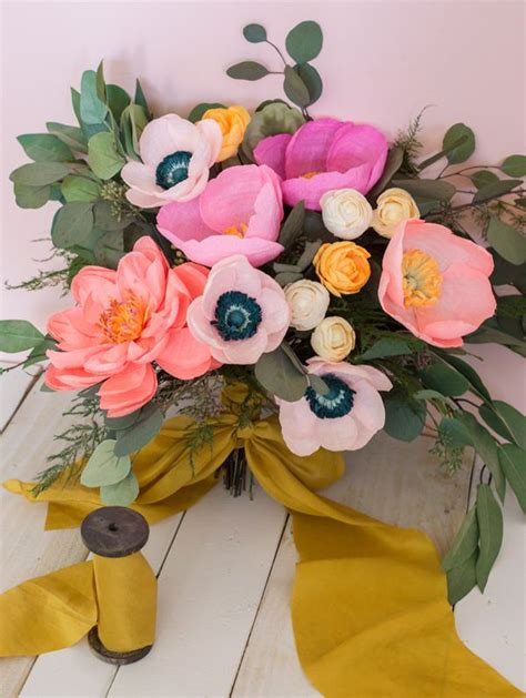 How To Make Paper Bouquet - 25 best ideas about paper flower bouquets on