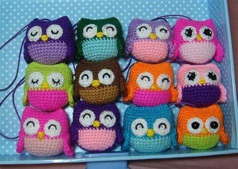 pattern for little library free little owls crochet pattern http www ravelry com