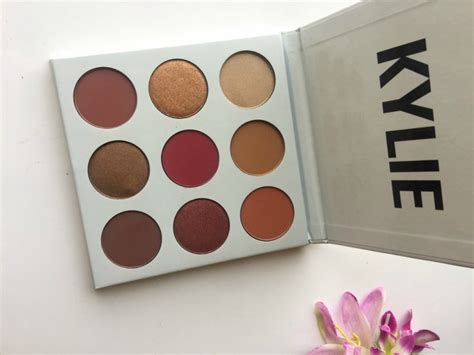 Cosmetics Burgundy Palette cosmetics kyshadow the burgundy palette review