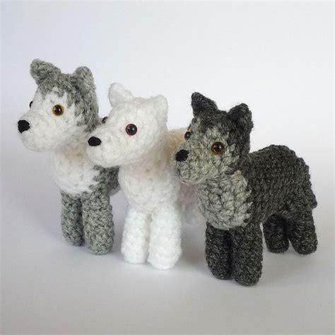 Crochet Pattern Amigurumi Wolf   love these little guys animal amigurumi patterns