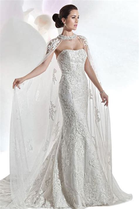 braut cape 14 cape wedding dresses for a trendy and new bridal look
