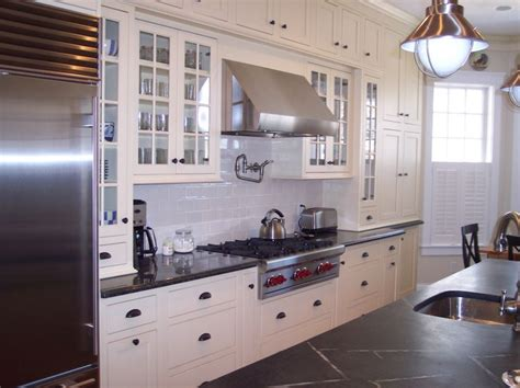 Cool Ways To Organize Cape Cod Kitchen Design Cape Cod Cape Cod House Kitchen Plans