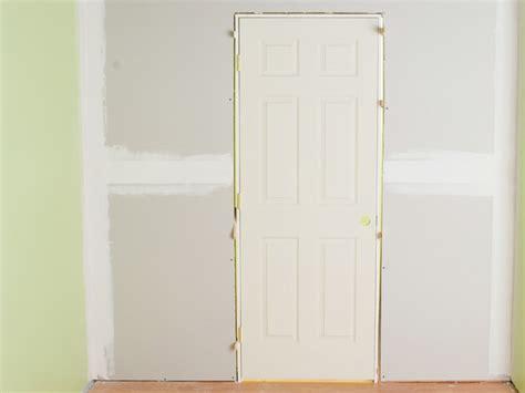 Hanging Interior Prehung Doors How To Install Interior Pre Hung Doors How Tos Diy