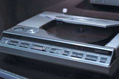 what format does magnavox dvd player read laserdisc player wikipedia