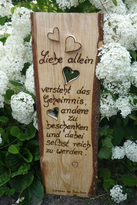 Gartendeko Holzbrett by Holzschild Rustikales Holzbrett Neu In Szene Gesetzt