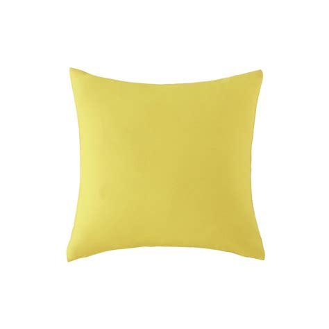 cuscini da esterno cuscino giallo da esterno 40 x 40 cm maisons du monde
