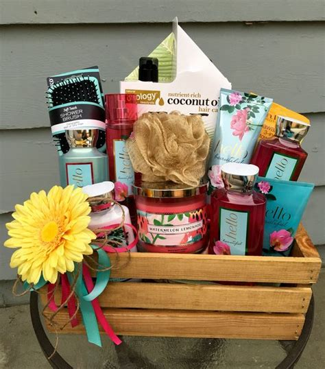 Baby Shower Door Prize Ideas Bath Theme Basket Raffle Prize Floral Theme Baby Shower Pinterest Raffle
