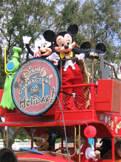 Disney Mba Internship Salary by A Look Back Epcot The Disney Characters On