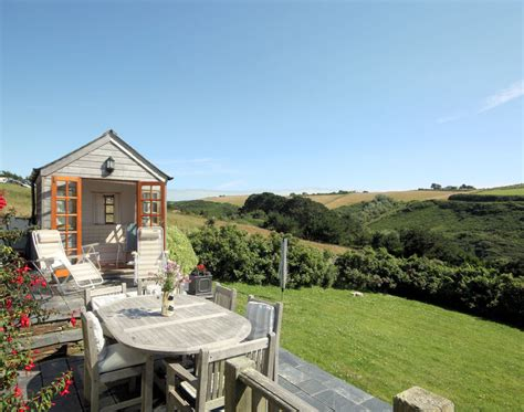 cartway cove self catering cottage in port isaac