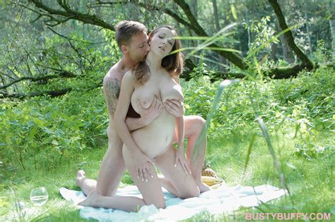 Czech Babe Fucked In Forrest Ilovebuffy Com