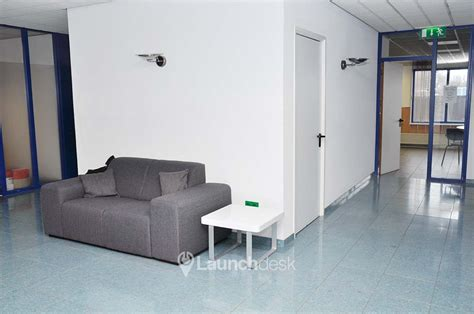 Rent A Desk In An Office Office Space Papaverweg Amsterdam Noord Launchdesk