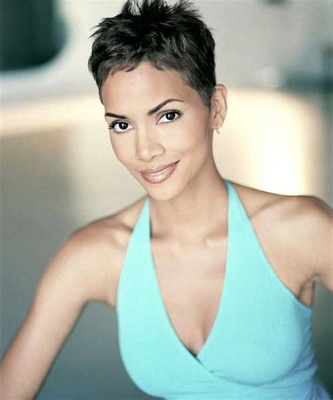 how to get halle berrys pixie cut 20 best halle berry pixie cuts short hairstyles 2017